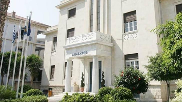 "Limassol's 24-hour ""Limassol Citizen"" service gets more response than anticipated"