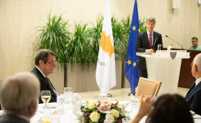 Jeffrey Sachs praises Cyprus President for his climate change initiative,