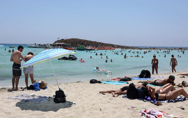 Cyprus tourism income nosedived 85% in 2020