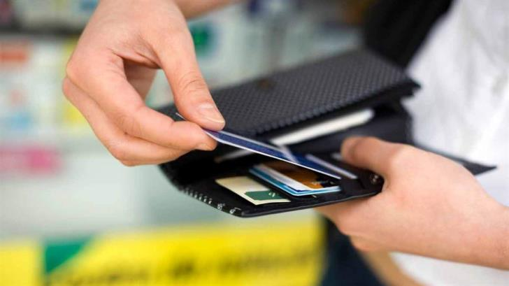 By law, all retail businesses and services will have to accept plastic money as of September
