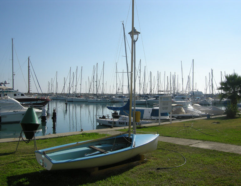 Two proposals for Larnaca port development