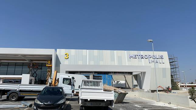 Cyprus' largest mall opens in Larnaca